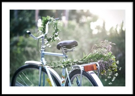Flowers on Bicycle Plakat i gruppen Plakater / Fotokunst hos Desenio AB (10710)